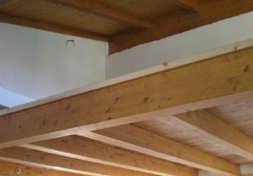 Costruzione di capriate travature morali tetti e for Piano di costruzione in legno soppalco