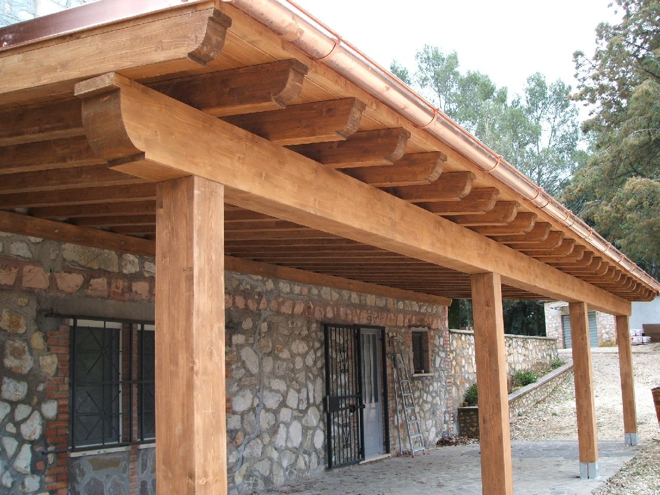 Portici e porticati in legno di castagno su misura for Foto di portici in pietra