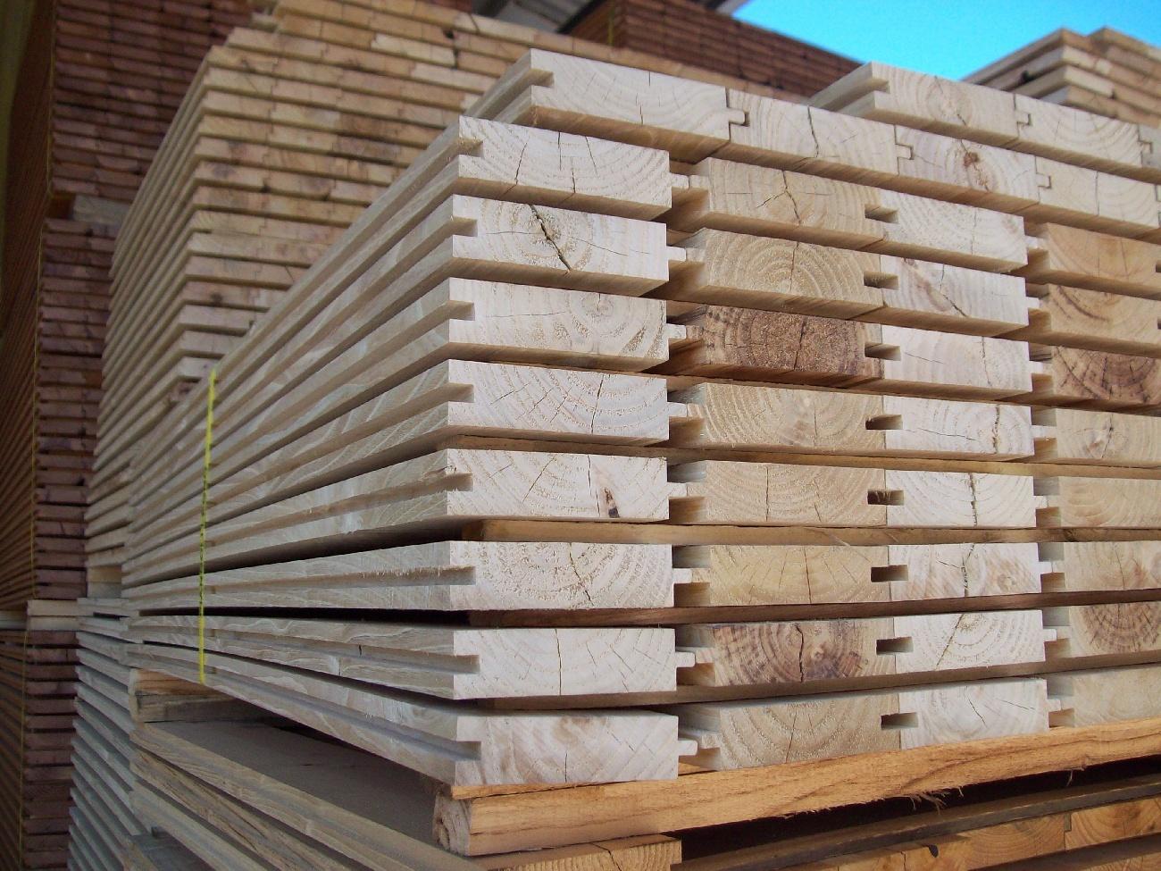 Produzione e vendita di tavolato per pavimentazioni - Vendita tavole di legno ...