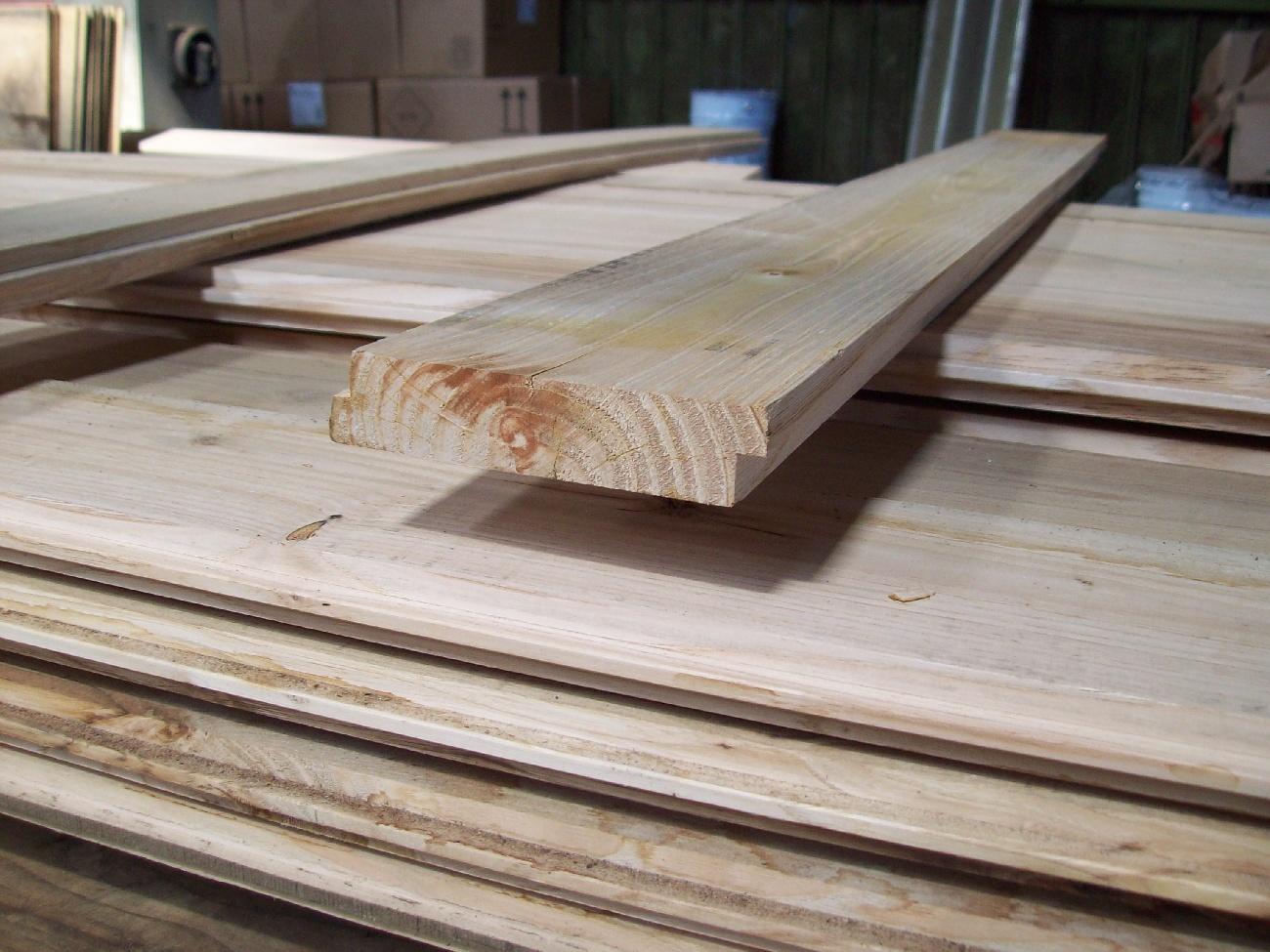 Vendita di tavolato per sottotetti piangoli legno - Vendita tavole di legno ...